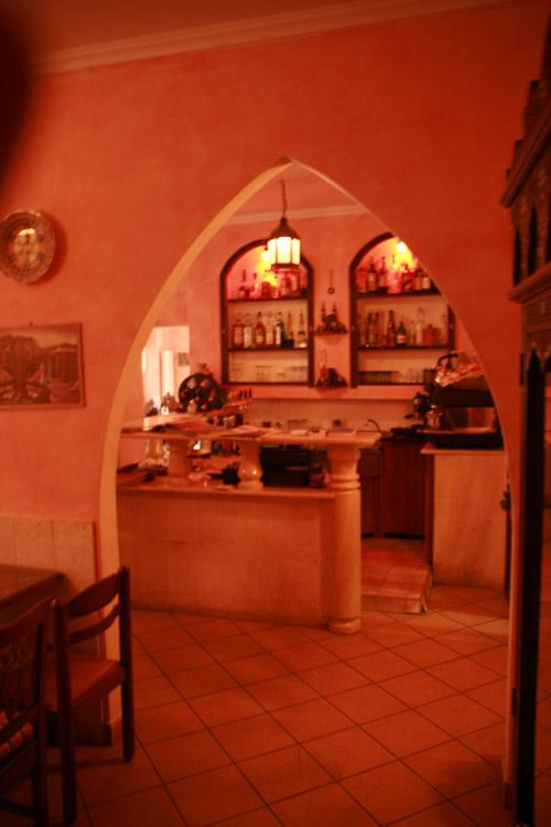 Biblos caff ristorante etnico cucina libanese a pavia for Cucina libanese